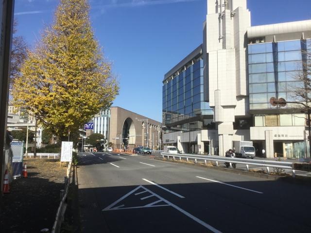 信濃町駅前