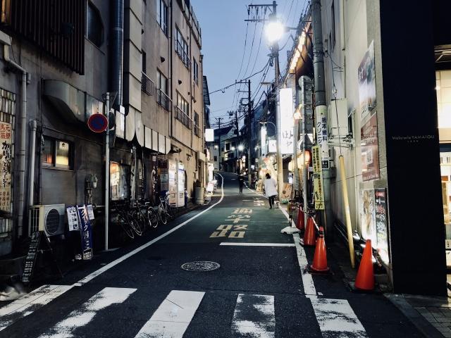 新宿区箪笥町