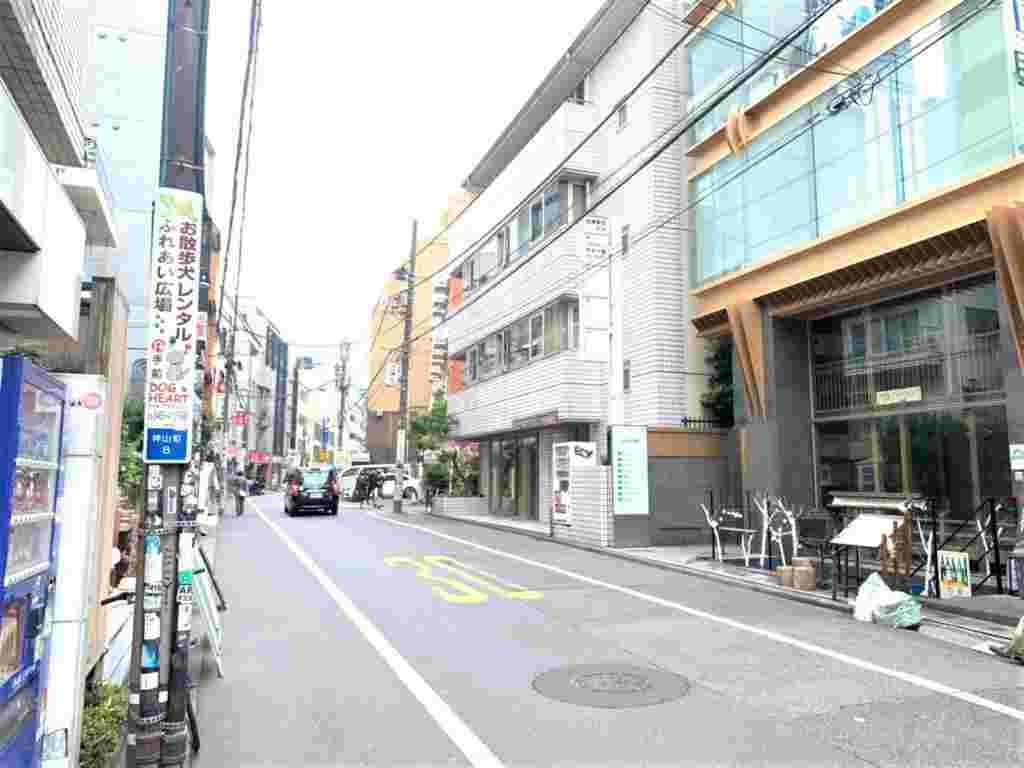 渋谷区神谷町